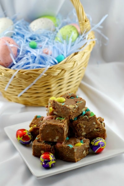 Easter Creme Egg Microwave Fudge