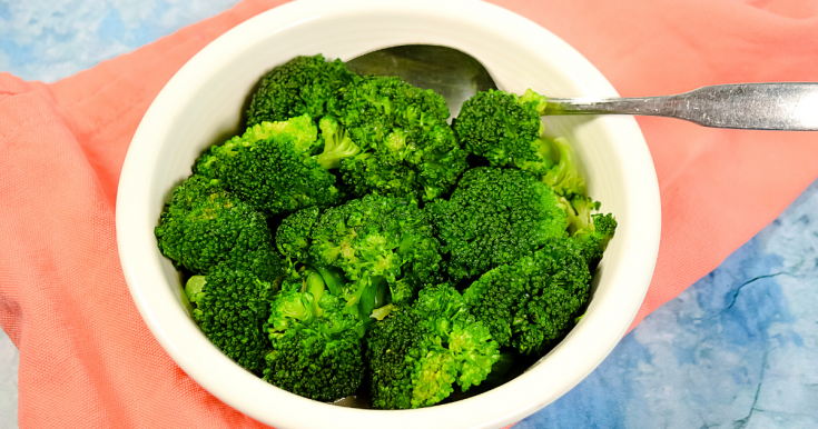 How to Steam Frozen Broccoli in the Microwave